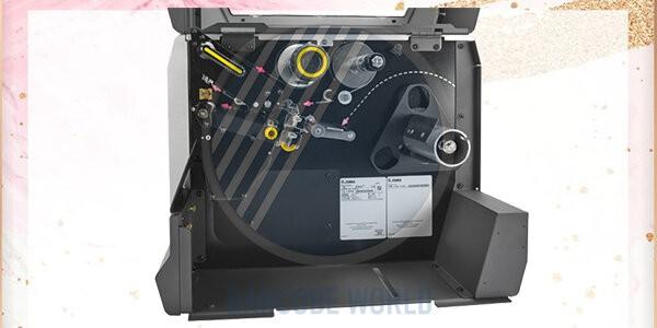 Bên trong máy in nhãn decal ZT620